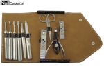 Super manicure set in a practical and elegant case - brown