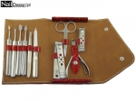 Super manicure set in a practical and elegant case - red